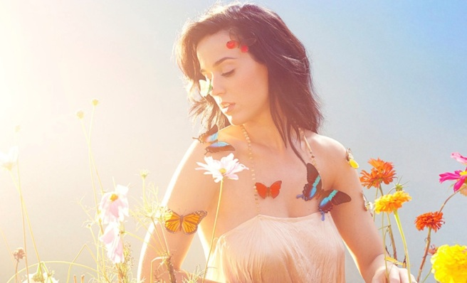 Katy-Perry-Prism-high-quality-promo-photo-new-CD-insert-image-6